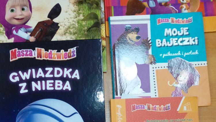 Masza, Niedźwiedź i Klubowicze