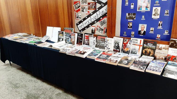"""Książka """"II wojna światowa w Trzemesznie. Tom I"""""""