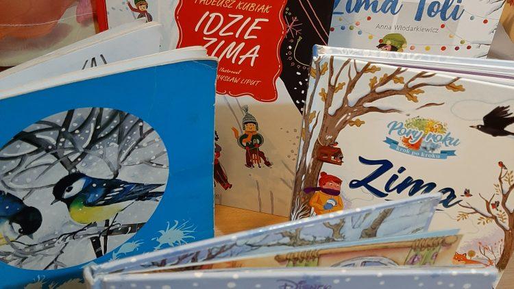 Zima na kartach książek